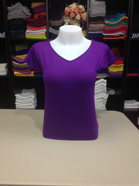 """เสื้อยืดคอวี สีม่วงราเวนเดอร์ size """"M"""""""