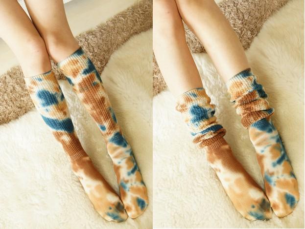 ถุงเท้ายาวญี่ปุ่น (ลายผ้ามัดย้อม)