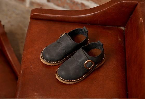 รองเท้าหนังเทียมคัทชูออกงานหนุ่มน้อย มีสีน้ำตาล