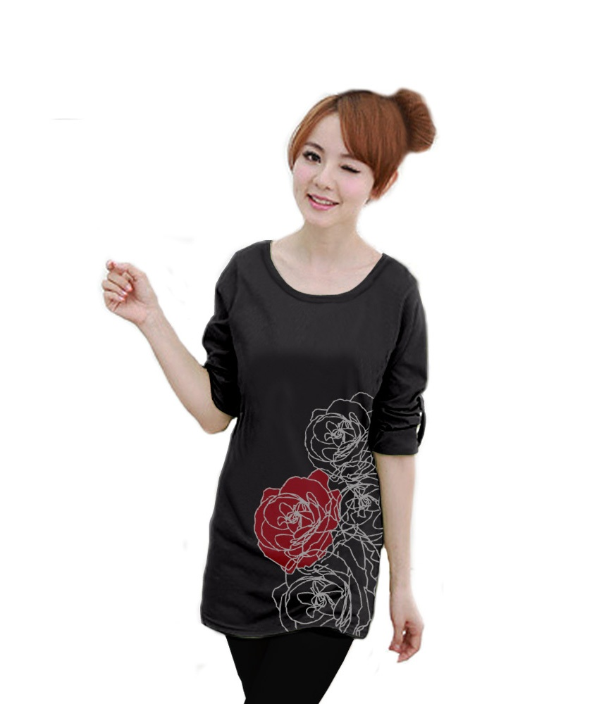 เสื้อยืดแขนยาว ตัวยาว / แซกสั้น ผ้านุ่ม ลาย Beautiful Rose สีดำ