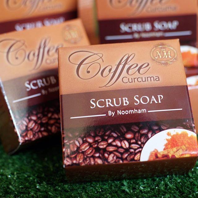 Coffee Curcuma Scrub Soap By Noomham สบู่สครับกาแฟ ผสมขมิ้นชันบายหนูแหม่ม 65 กรัม