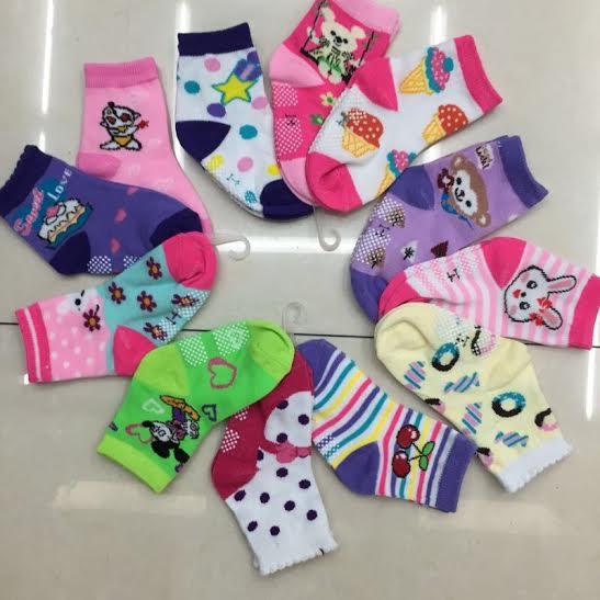 U090-2**พร้อมส่ง** (ปลีก+ส่ง) ถุงเท้าเด็ก มีกันลื่น มี ไซด์ M เนื้อดี งานจีน ( Made in China)