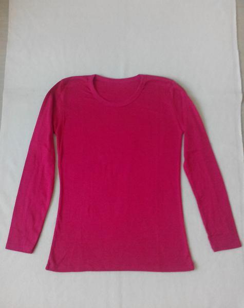 เสื้อยืดแขนยาวสีชมพูเข้ม
