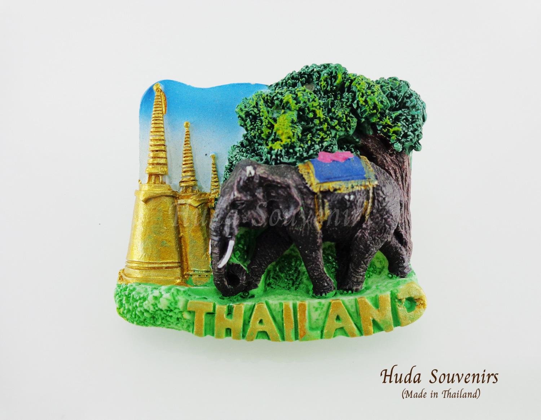 ของที่ระลึกไทย แม่เหล็กติดตู้เย็น ลวดลายช้างและเจดีย์วัด วัสดุเรซิ่น ชิ้นงานปั้มลายเนื้อนูน ลงสีสวยงาม