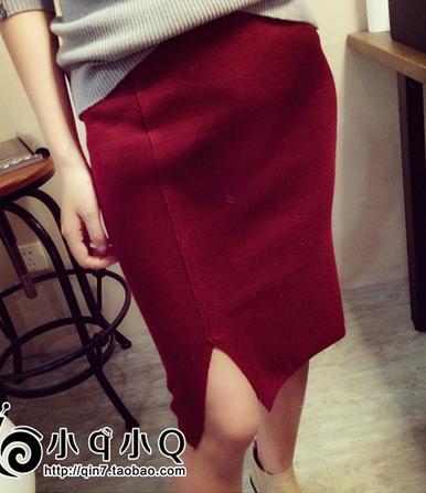 กระโปรงผ้ายืดสีแดง ผ่าข้าง ผ้ายืดกระชับใส่สบายมากคะ