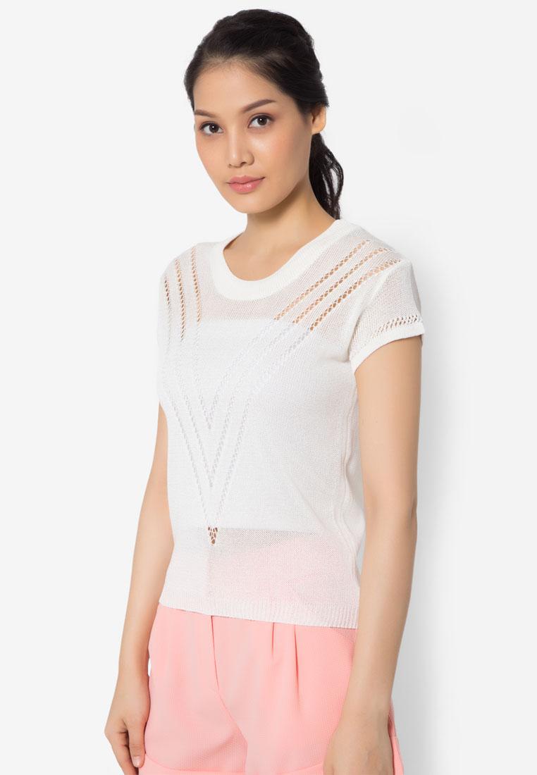 เสื้อเบลาส์ Perforated V Knitted